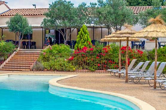 location piscine camping ombre des oliviers carcassonne