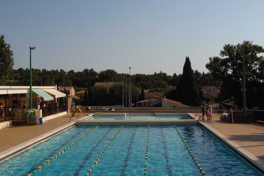 location camping piscine pinede