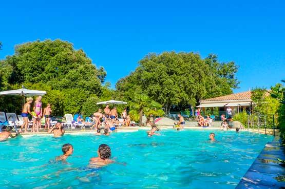 Campings carcassonne d couvrez les camping du groupement carcassonne - Camping carcassonne avec piscine ...